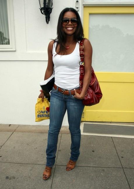 Zoe Shoulder Bag