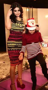 Dolce & Gabbana Fall 2011 RTW Word Print Sleeveless Dress