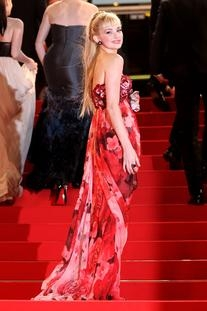 Fall 2009 RTW Red Floral Print Strapless Gown With Floral