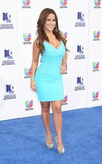 the best attitude df5b7 9aa63 Jackie Guerrido's Outfits, Style, Fashion and Clothes