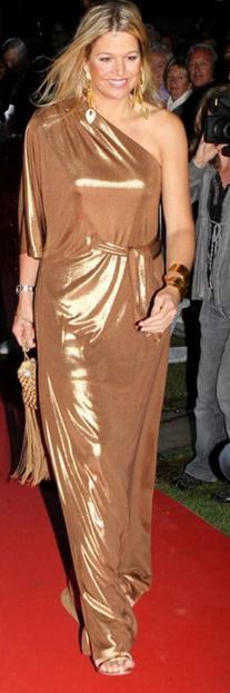 Asymmetric Lamé Gown