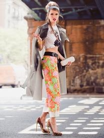 Resort 2012 Floral Print Cropped Pants