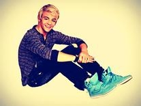 27a9f08e9d Ross Lynch s Outfits